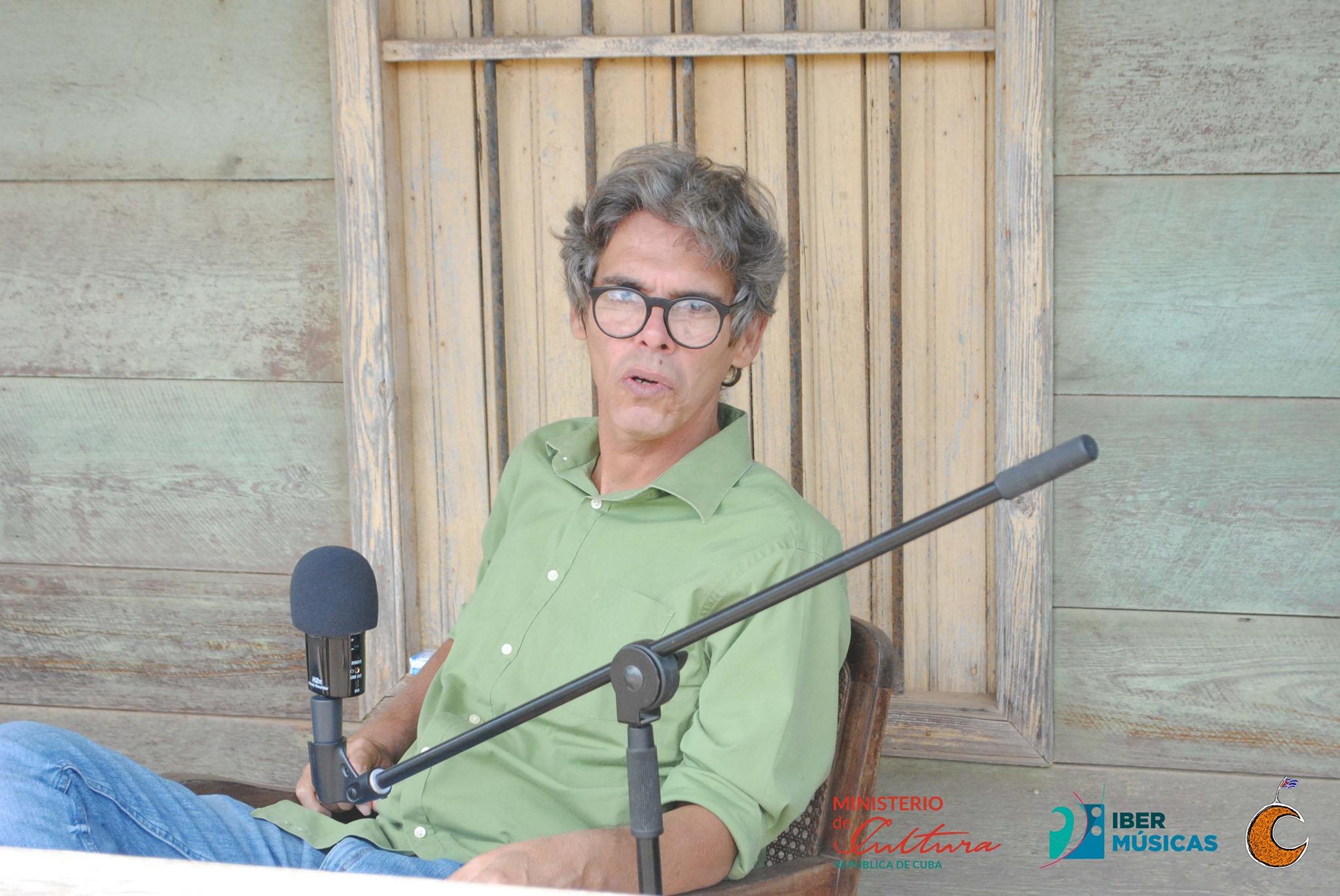 """Desde Cuba llega una nueva edición de """"Remolino"""", en esta edición con un capítulo en torno a la obra y la figura del trovador Ariel Barreiros"""